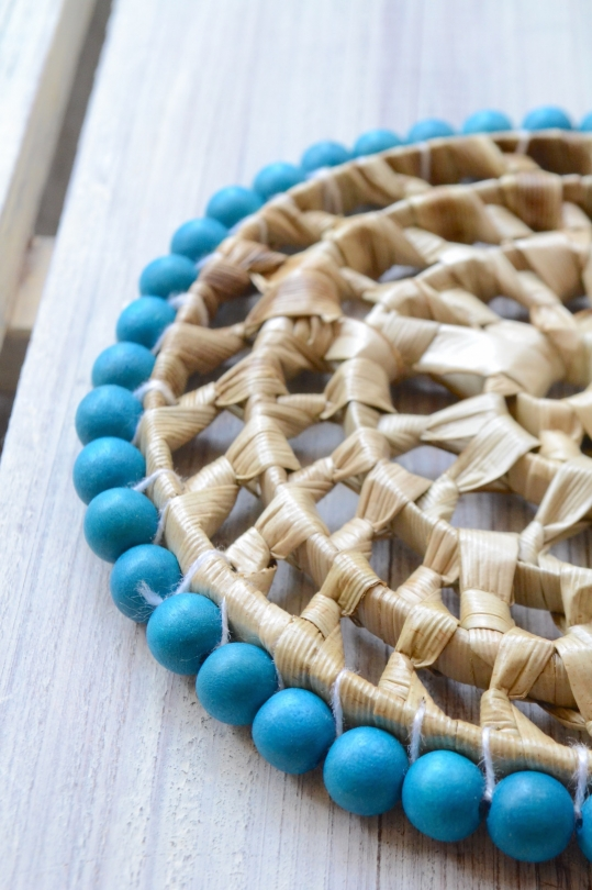 Two's wood beads coaster
