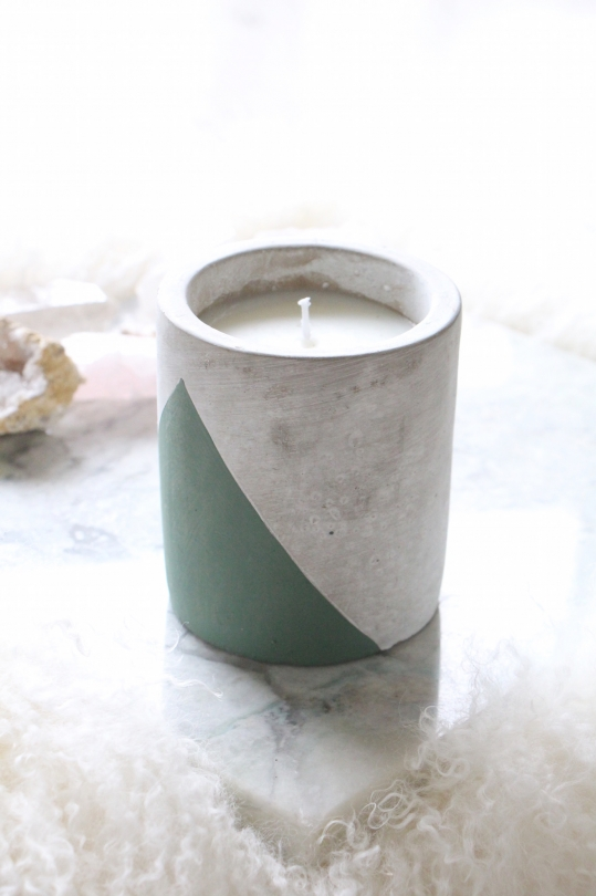 PADDYWAX bi-color candle M size