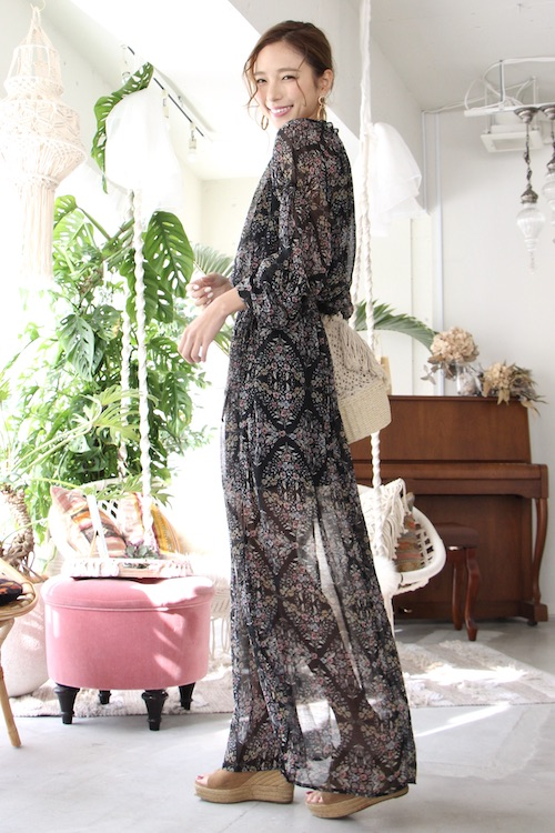 Love stitch long-sleeve flower dress