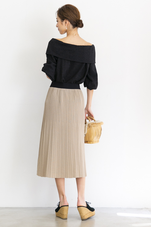 indi&cold pleated knit beige SK