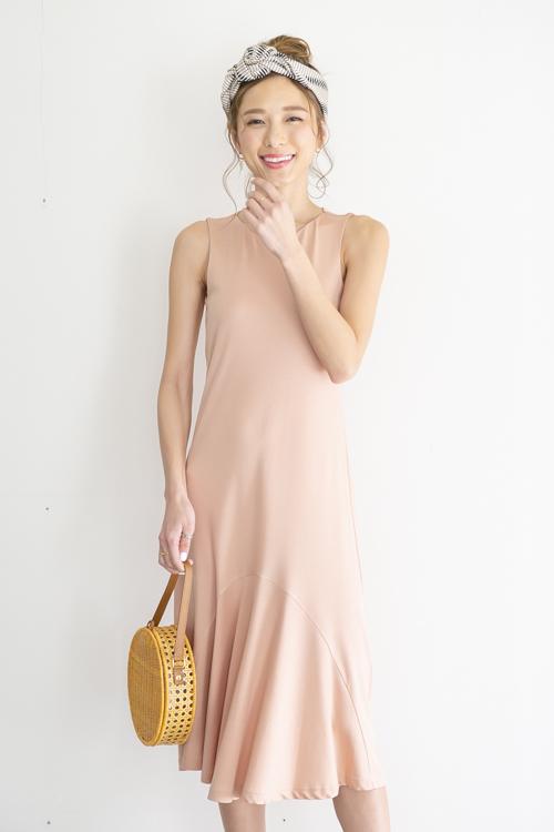 mila.vert  pink sleeve-less tencel dress