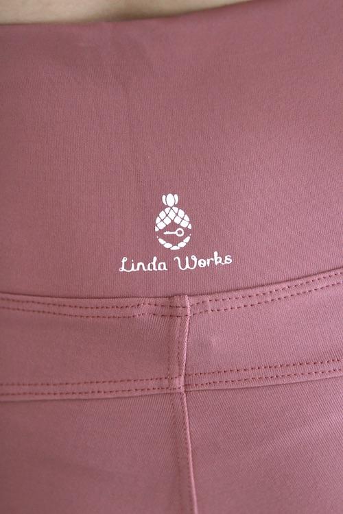 Linda Works yoga leggings brush