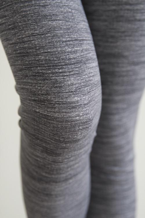 Linda Works yoga leggings gray
