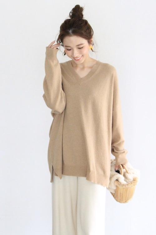MONICA CORDERA Vneck cashmere camel knit