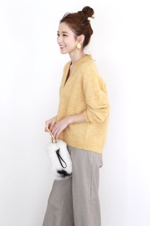 JUST V-neck yellow knit tops
