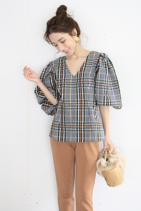 JUST cheack design puff-sleeve TOPS