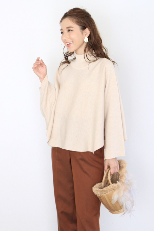 roberto collina beige poncho knit tops