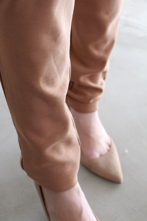 simple stretch slim camel pts