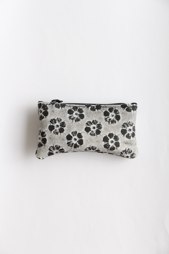 Luisa Cevese black lace coin case