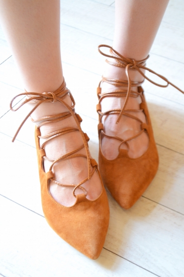 Ovye lace up pumps