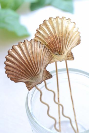 Les cerises de Mars shell hairpin