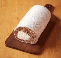 自家製ラムレーズンのココアロール【朝一番に搾った自家製生乳を使用】の商品画像