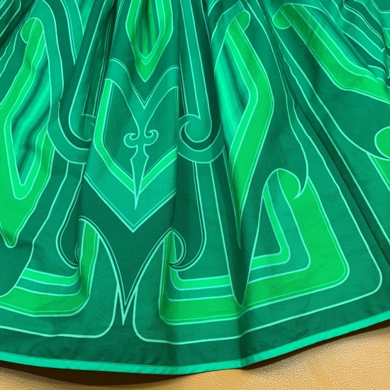 <img class='new_mark_img1' src='//img.shop-pro.jp/img/new/icons55.gif' style='border:none;display:inline;margin:0px;padding:0px;width:auto;' />Psycho Apparel Kustom Paint Skirt in Green