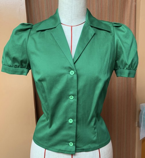 Psycho Apparel Amber Blouse in Green