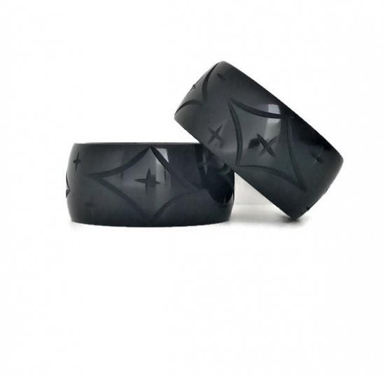 <img class='new_mark_img1' src='https://img.shop-pro.jp/img/new/icons1.gif' style='border:none;display:inline;margin:0px;padding:0px;width:auto;' />Los Flamingo Wide Black Star Bangle