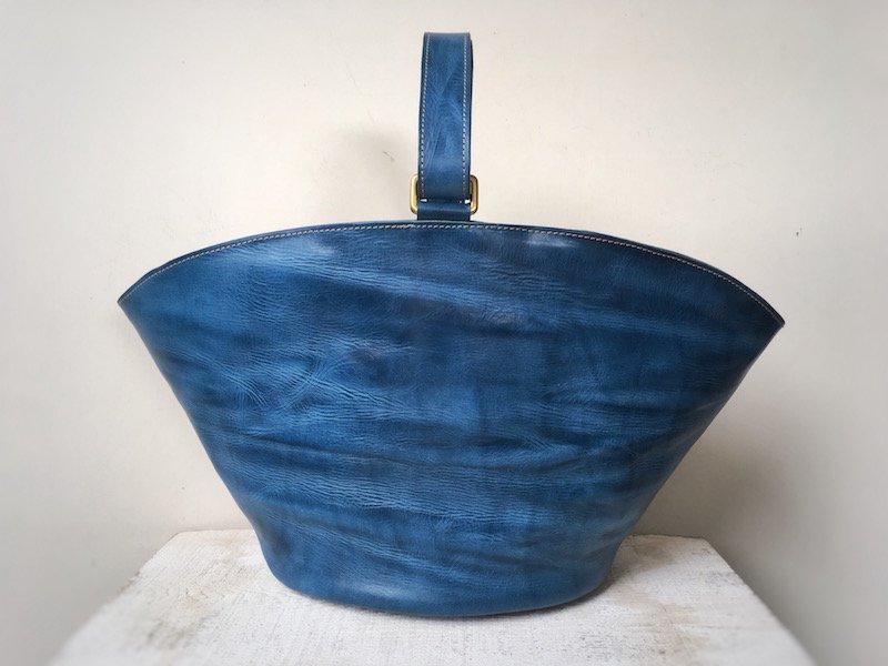 【限定2点】国産オイルヌメ革◇2wayハンドルのサークルトートバッグ(マリンブルー)