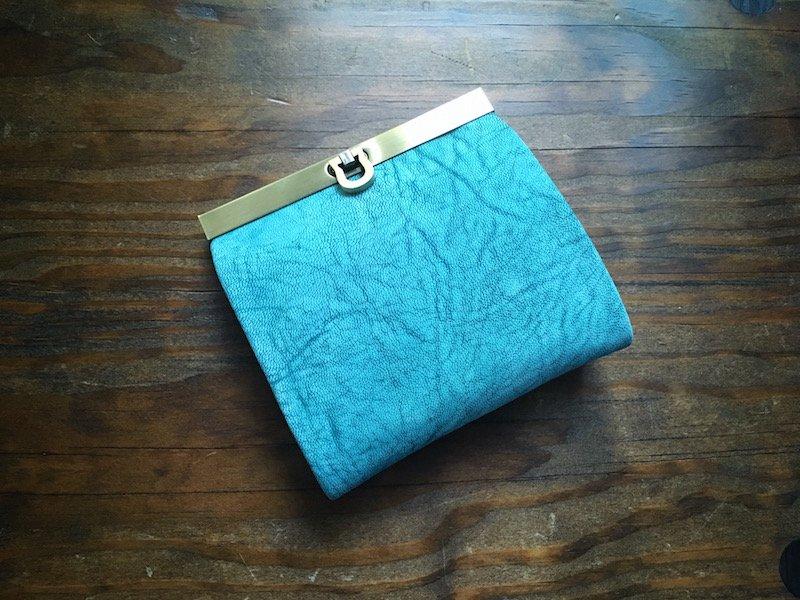 【数量限定】【受注製作(納期約1ヶ月)】二つ折り財布『avanico-harf』フローズンブルー×ターコイズ
