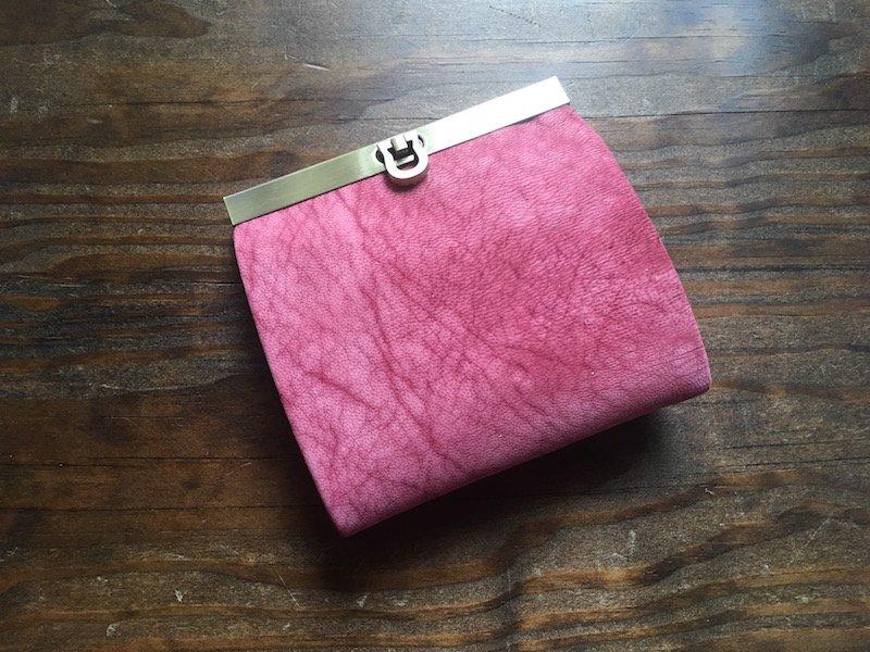 【数量限定】【受注製作(納期約1ヶ月)】二つ折り財布『avanico-harf』フローズンベリー×ピンク