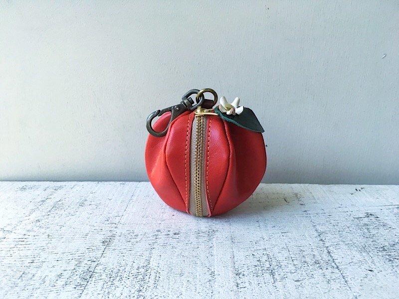 【受注製作(納期約1週間)】ヌメ革ミニポーチ「pomme」お花付き(紅玉)