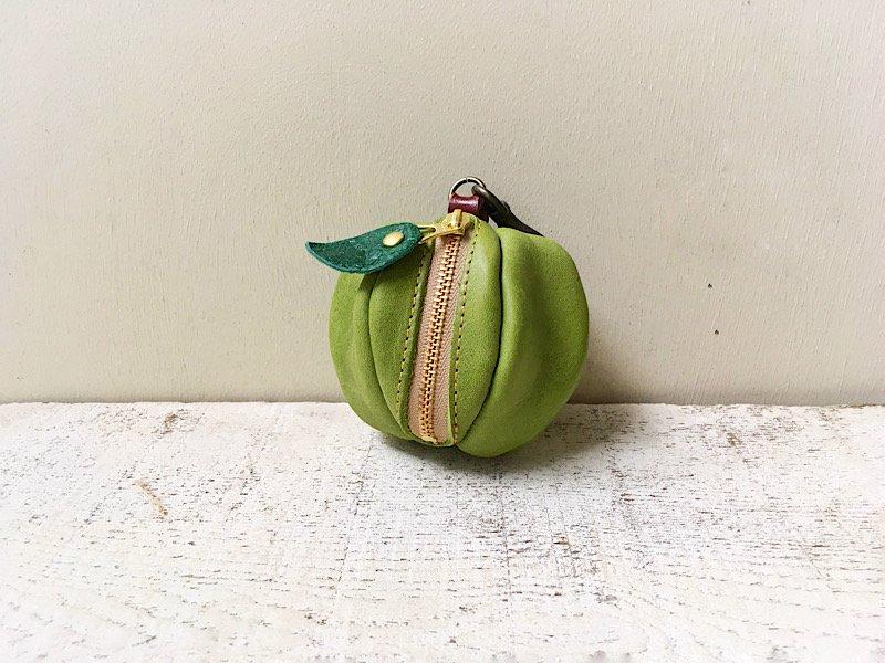 【受注製作(納期約2週間)】オイルヌメ革のミニポーチ「pomme」