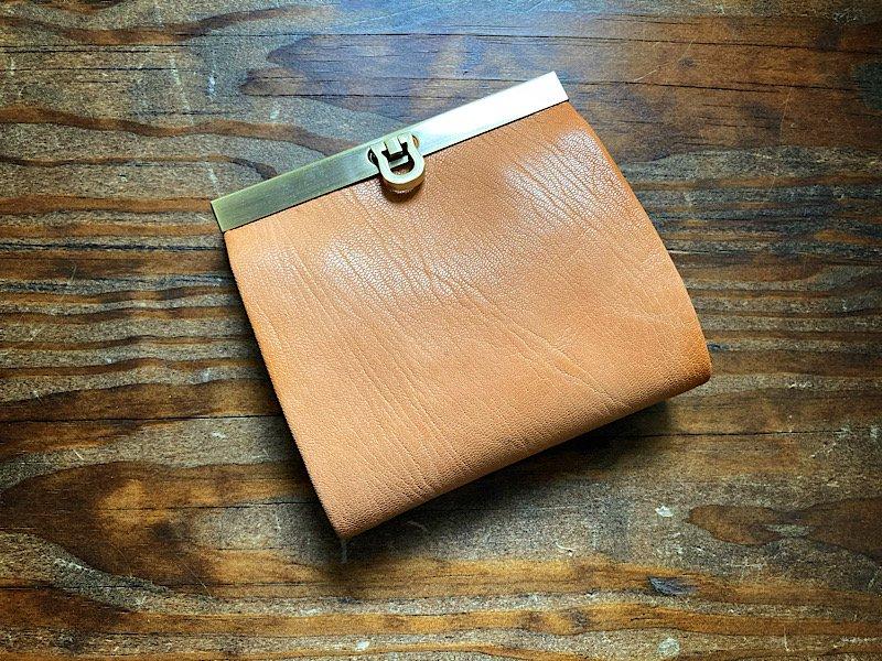 【受注製作(納期約1ヶ月)】二つ折り財布『avanico-harf』キャメル
