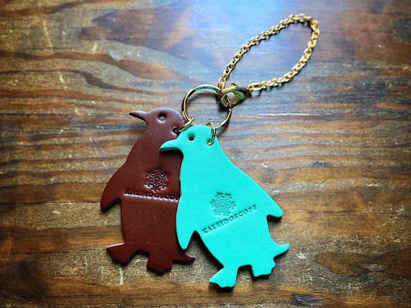 【受注製作(納期約1週間)】ペンギンたちのレザーバッグチャーム(チョコミント)