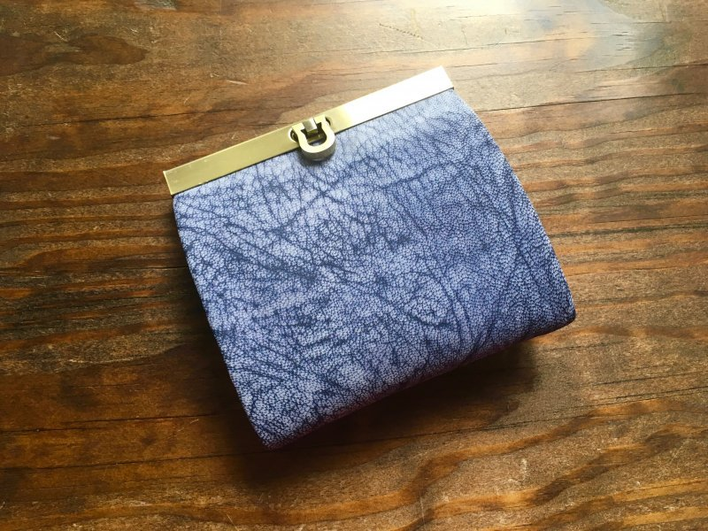 【P様オーダー】二つ折り財布『avarico-harf』フローズンバイオレット×ラズベリー・ネイビー