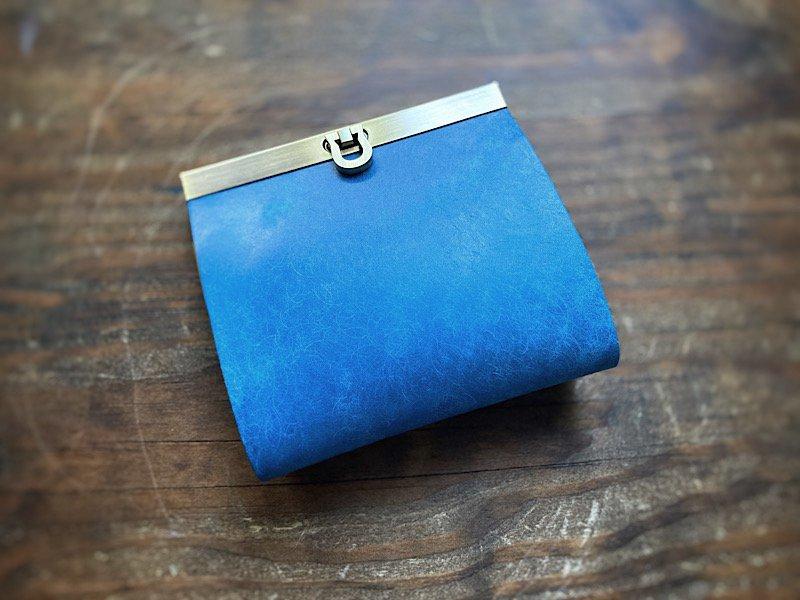 【受注製作(納期約1ヶ月)】お札を折らない二つ折り財布『avanico-harf』(ウインターブルー)