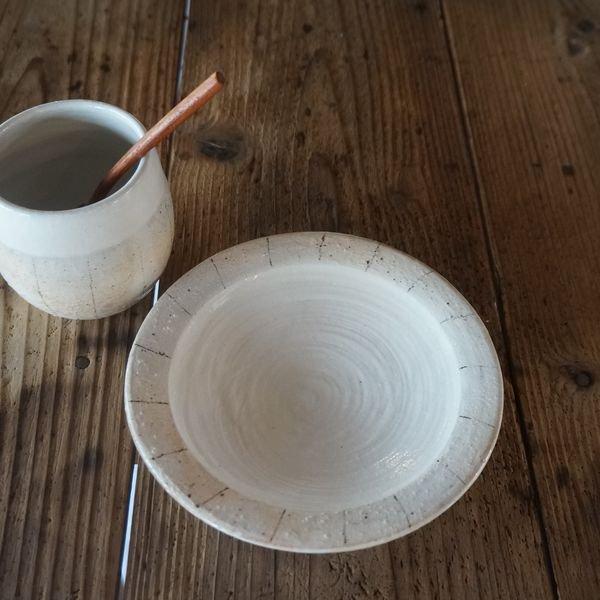 【古谷製陶所】たて鉄線 エッグソーサー