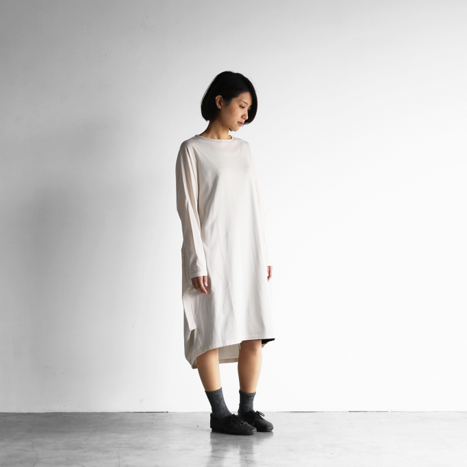 【HUIS in house】 SUVIN COTTON長袖コクーンワンピース(ivory)【レディス】