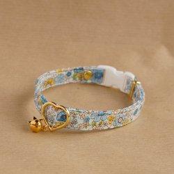 大人っぽい花柄の首輪<br>(ブルー)