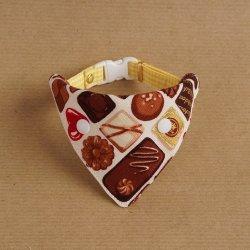 美味しそうなチョコレートの<br>バンダナ(アイボリー)