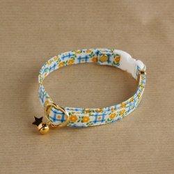 レトロなお花の首輪(ブルー)
