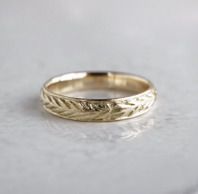 K18  Rosemary crown ring