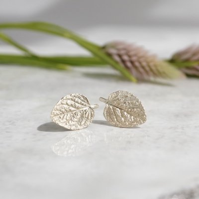 Marjoram stud earrings