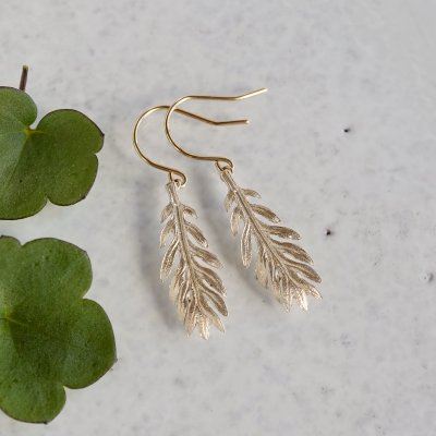 Daisy leaf earrings
