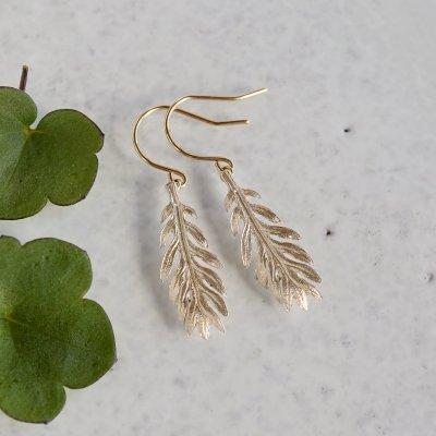 Daisy leaf earrings