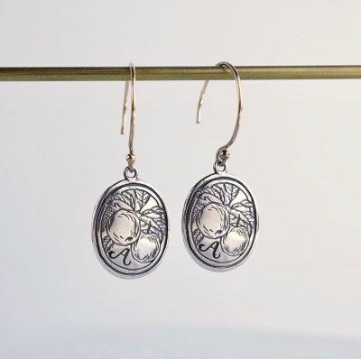 Initial earrings [A]
