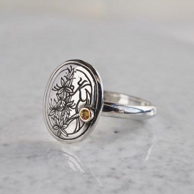 Birth stone initial ring