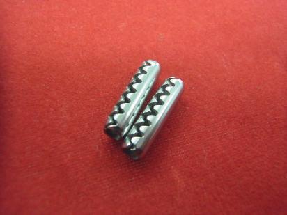 モーター・セットピン(ロールピン) 2本セットの商品画像