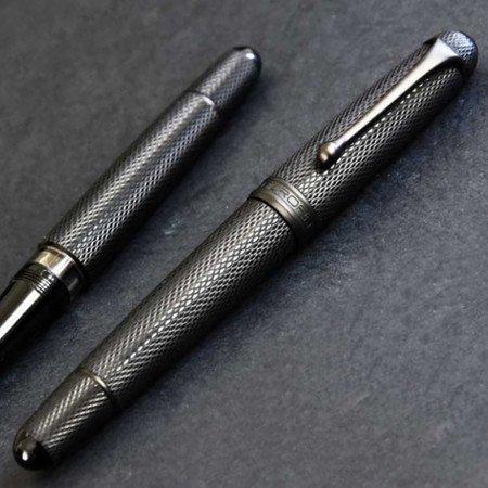 アウロラ 万年筆 限定品 88 オタントット ブラックマンバ02