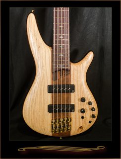 Ibanez SR1305E Premium 5-String Bass in Satin Natural ギター