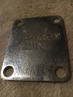Fenderフェンダー純正 4-BOLT AMERICAN SERIES NECK PLATE0991446100 chrome レリック 送料無料