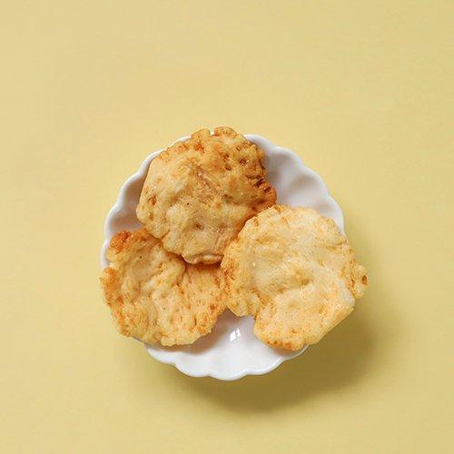 <img class='new_mark_img1' src='https://img.shop-pro.jp/img/new/icons29.gif' style='border:none;display:inline;margin:0px;padding:0px;width:auto;' />兵庫県家島産海老のおかき - Ieshima Shrimp OKAKI - Gluten Free OKAKI Cracker