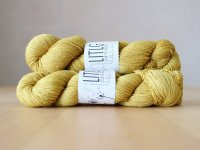 【LIFE IN THE LONGGRASS】<br>4ply Sock<br>MUSTARD