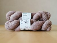 【LIFE IN THE LONGGRASS】<br>4ply Sock<br>DRIFTWOOD