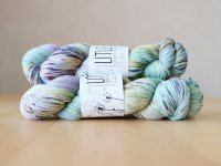 【LIFE IN THE LONGGRASS】<br>4ply Sock<br>MEADOW