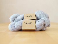 【Lichen and Lace】<br>1ply Superwash Merino Fingering<br>pewter
