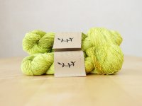 【Lichen and Lace】<br>1ply Superwash Merino Fingering<br>citron