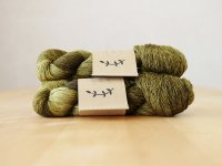 【Lichen and Lace】<br>1ply Superwash Merino Fingering<br>shrub